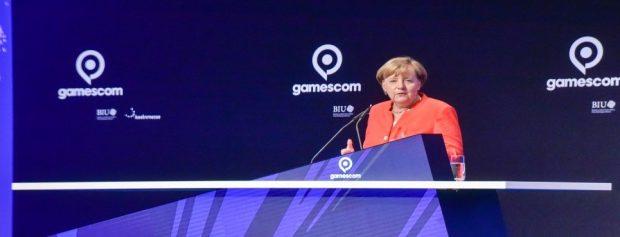 Angela Merkel besucht die gamescom