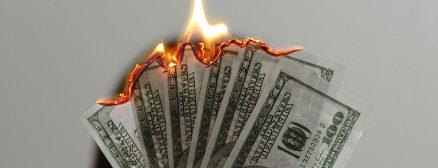 Jak nie stracić pieniędzy w social media