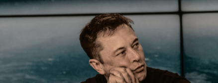 Online reactions to Elon Musk's SNL appearance